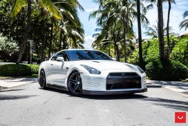 Nissan_GTR_VFS5_74dc3b0a